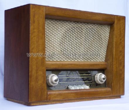 sekret r 696 57wu holzgeh use radio stern radio sonneberg v. Black Bedroom Furniture Sets. Home Design Ideas