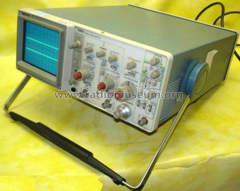 Oscilloscope 2215A; Tektronix; Portland, (ID = 1698669) Equipment