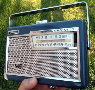 FM/AM Transistor Radio 10TL-429FB; Toshiba Corporation; (ID = 1685263) Radio