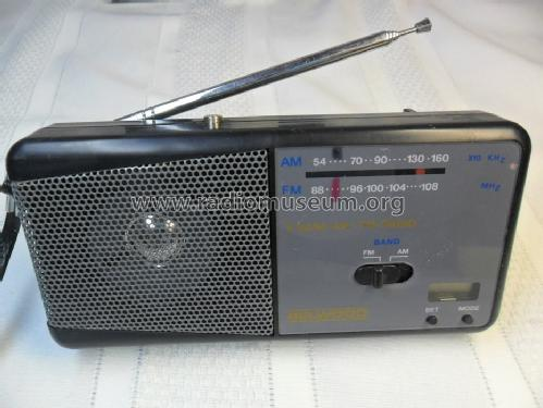 Belwood 2 Band AM/FM Radio/ LCD Clock 835; Unknown - CUSTOM (ID = 1642563) Radio