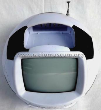 Black & White Television Soccer ball-shaped SW-620; Unknown - CUSTOM (ID = 1248967) TV Radio