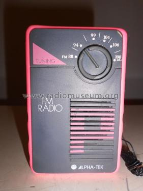 Alpha-Tek FM Radio SF 823; Unknown Worldwide (ID = 2336925) Radio