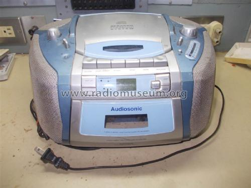 Audiosonic Portable Cassette Recorder with CD Player CD-8588; Unknown Worldwide (ID = 2045747) Radio