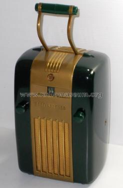 Little Jewel' 'Refrigerator' H-124; dark Radio Westinghouse on