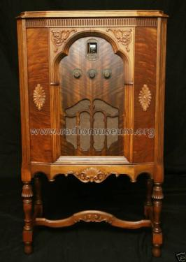 11 highboy; Zenith Radio Corp.; (ID = 897646) Radio