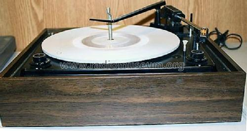 Micro Touch 2G Tone Arm model D-9026W; Zenith Radio Corp.; (ID = 1017546) R-Player