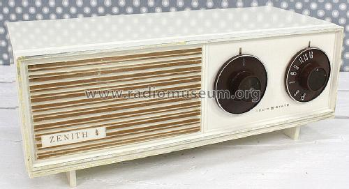 B210W Solid State ; Zenith Radio Corp.; (ID = 1239837) Radio