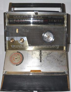 Trans-Oceanic Royal 1000-D Ch= 9CT41Z2 & 9HT41C2; Zenith Radio Corp.; (ID = 2221614) Radio