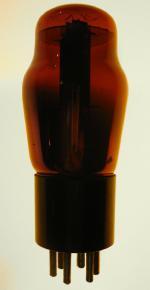 vista in trasparenza di una 43 rossa della ditta fivre