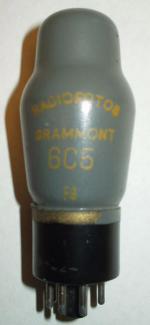 6C5 Radiofotos Grammont Octal 6 pin Poids 37 grammes Hauteur 10 cm (avec pin)