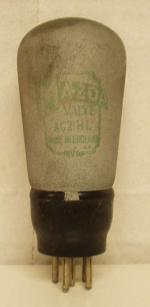 Tube Mazda made in England Ancienne Européenne 5 pin Poids : 52 grammes Hauteur : 11.2 cm (avec pin) Diamètre au plus large : 4.5 cm