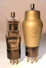 Die kleinere Version der ACH1 stammt laut J. Roschy aus dem angelsächsischen Raum.