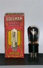 filament 1,8-2 volt  0,3 amps, plate 20-100 volt, diameter bulb 31 mm, overall length 110 mm, cap standard 4 pin