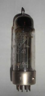 Röhre Originalbestückung aus einenm Saba Radio.