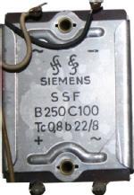 B250C100 Gleichrichter von Siemens, eingebaut in Blaupunkt Ideal Granada de Luxe 2330