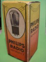 Philips Miniwatt B443 - 4Pin B443_1