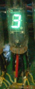 Tubi montati su una calcolatrice Toshiba BC-0802
