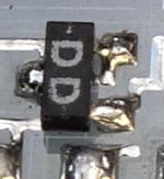 Bild zeigt SCE239D aufgelötet auf einen Hybrid-IC