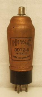 Hivac Made in England Ancienne Européenne 5 pin   1 thick Poids : 45 grammes Hauteur : 11.7 cm (avec pin   thick) Diamètre au plus large : 3.9 cm