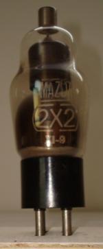 2X2 MAZDA 4 pins Hauteur 111mm avec pins Diamètre 38mm