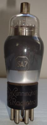 6A7 RCA Radiotron 7 pins Hauteur 112 mm diamètre 38 mm
