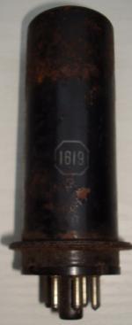 1619 RCA Hauteur 115 mm Hauteur 32 mm