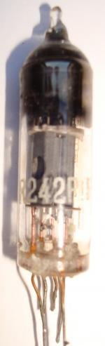 R242p Radiotechnique