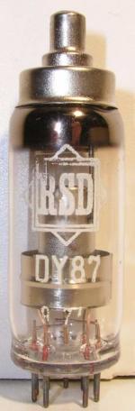 RSD noval  9 pin   1 thick Poids : 15.2 grammes Hauteur max : 7 cm Diamètre : 2.1 cm