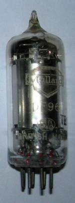A Mullard DF96 valve