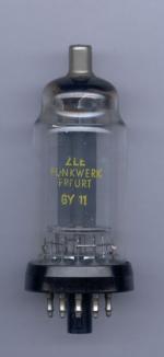 GY11 von ZLE Funkwerk Erfurt Kathode ist intern mit Heizung verbunden