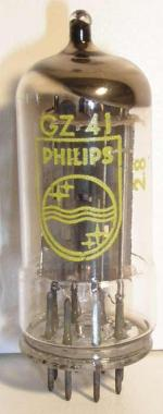 Philips Rimlock 8 pin Poids : 12.3 grammes Hauteur max : 5.9 cm Diamètre max : 2.3 cm