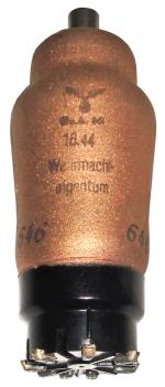 KF3, Valvo, Wehrmachteigentum, WaA 801, 18 44.