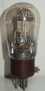 Valvo   culot ancien Européen 5 pins   1 Thick Poids : 51 grammes Hauteur : 11.9 cm (avec pins) Diamètre : 5 cm