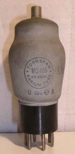 Tungsram  Culot ancien Européen 7 pins   1 thick 4 V - 250 V Poids : 58 grammes Hauteur : 12.5 cm Diamètre : 4.9 cm