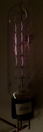 Eisen-Wasserstoff-Widerstand 'by night'