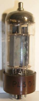 Philips  Octal  8 pin   1 thick Poids : 65 grammes Hauteur Max : 12.2 cm Diamètre max : 4.2 cm
