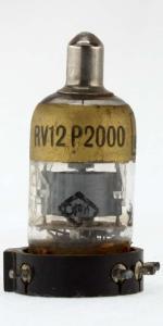 rv12p2000_ba.jpg
