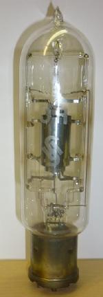 Röhre Siemens RE87 aus meiner eigenen Sammlung.