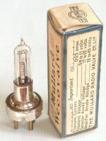 The BSA version, and a Weco adapter, are shown on the tube page