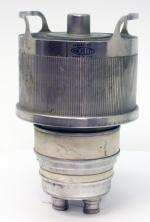 Machlett manufactured high power cermet transmitting tubes; shown here is the ML-7007, similar to the tube type 6166, a 10 KW plate dissipation tetrode.