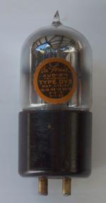 DeForest DV3 tube
