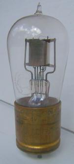 UV200 RCA