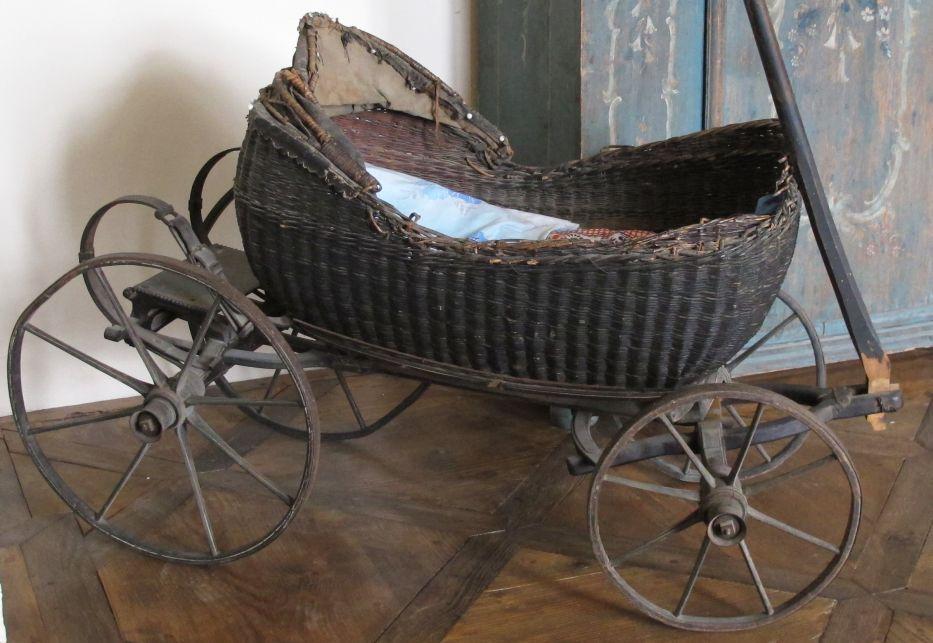museum schloss frohburg museum finder guide radio tech. Black Bedroom Furniture Sets. Home Design Ideas