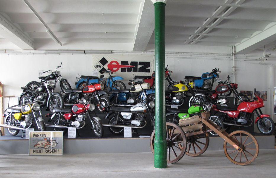 Musées de la moto etc. - Page 2 Zeitreise_hohenfichte_130505_14