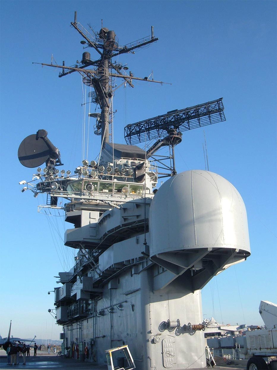 uss hornet museum    museum finder  guide  radio  technical