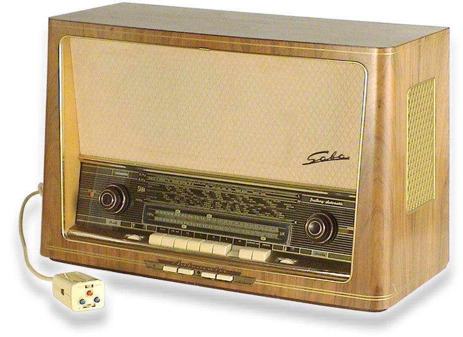 https://www.radiomuseum.org/zz_img/mus1255_D_Saba_fg.jpg